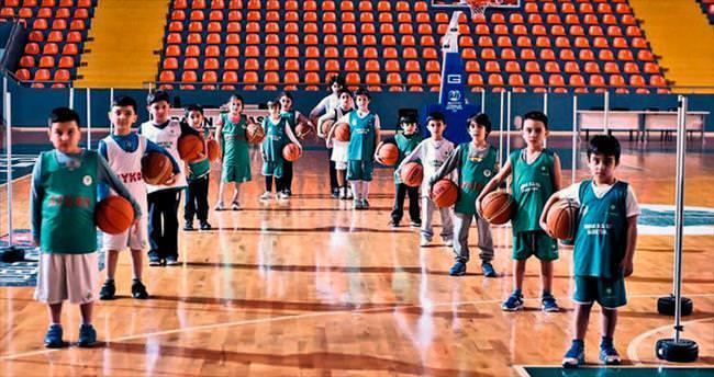 Basketbol Okulu alt yapının lokomotifi