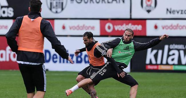 Beşiktaş derbi hazırlıklarını sürdürdü