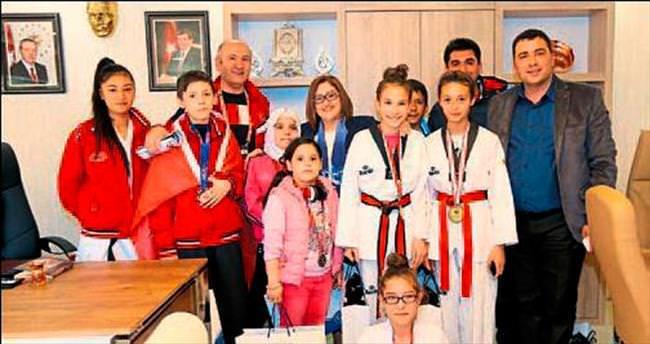 Sporculardan Şahin'e ziyaret
