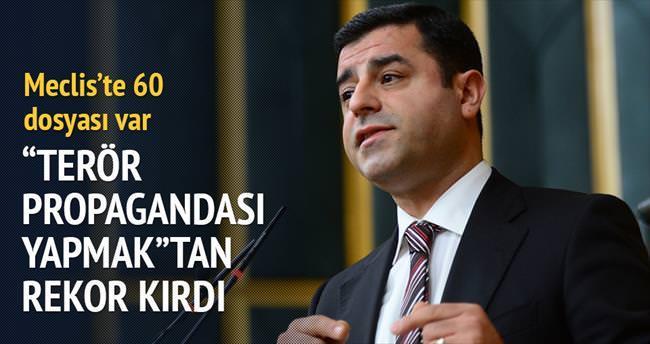 HDP'li 38 vekilin 240 fezlekesi var