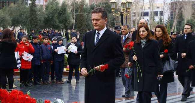 'Azerbaycan'ın acılı gününde bizler de bu acıyı hissediyoruz'