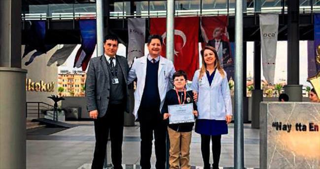 Şiir yarışmasında Ahmet birinci oldu