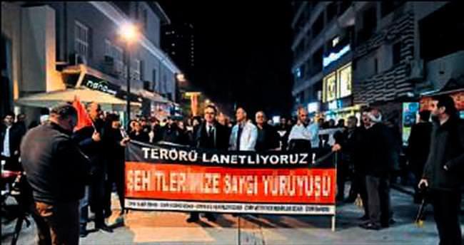 Terörle mücadeleye destek için yürüdüler