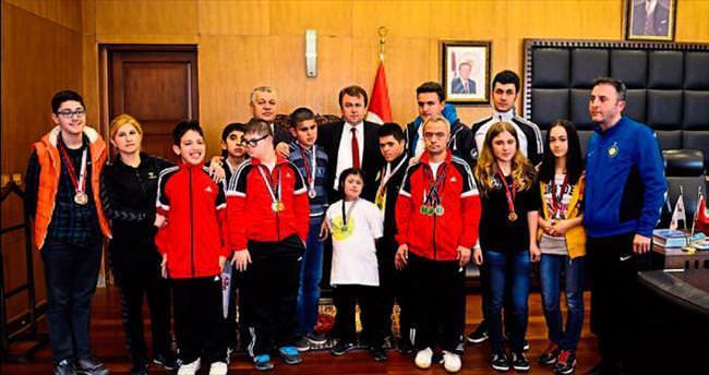 Erkoç'un konuğu özel sporcular