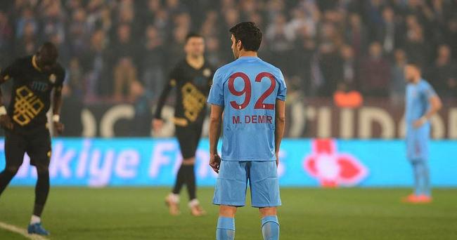 Trabzonsporlu oyunculardan protesto!