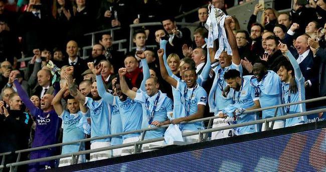 Lig Kupası Manchester City'nin