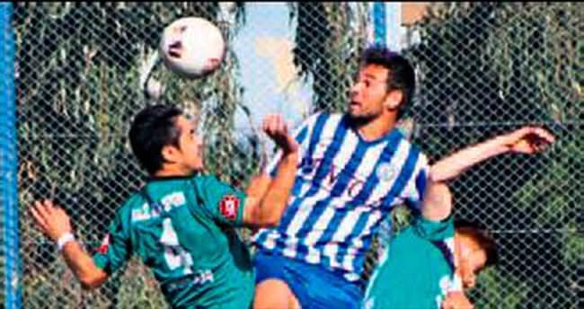 İzmirspor 1-1 eriyor