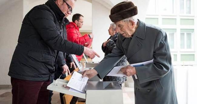 İsviçre'deki referandumdan 'hayır' çıktı