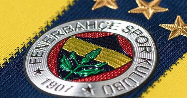 Fenerbahçe'de derbi öncesi kutlama