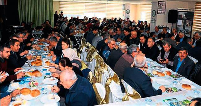Konyalılar Derneği'ne Tütüncü'den destek