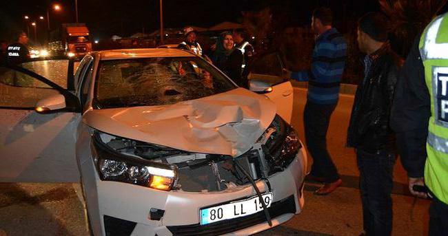 Otomobilin çarptığı genç öldü