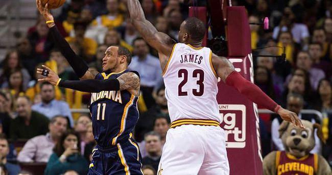 Cavaliers'ı LeBron James taşıdı