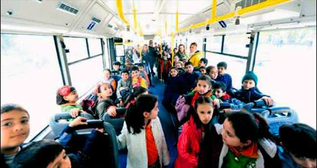 Büyükşehir'in kurslarına ulaşım ücretsiz servisle