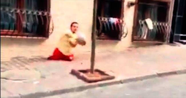 Bakan Çağatay Kılıç Emre'ye kucak açtı