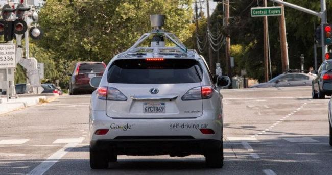Google otomobili bu kez hata yaptı!