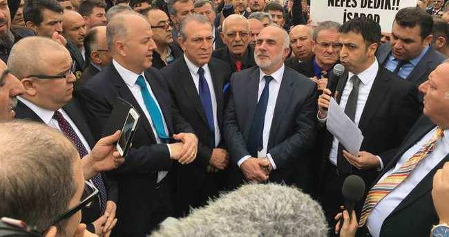 Servisçilerin plaka tahdidi isteği sürüyor