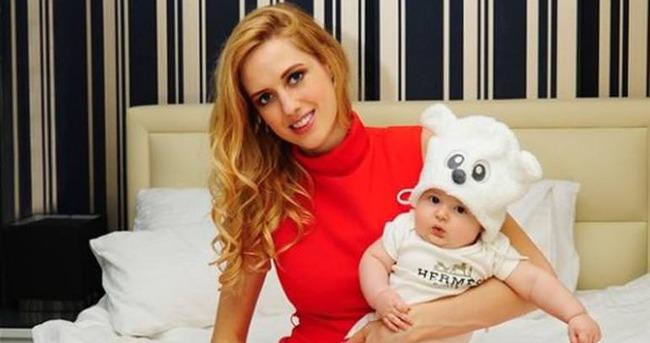 Wilma Elles'ten üçüncü bebek açıklaması