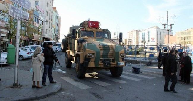Sur'da 11 kişi tahliye edildi
