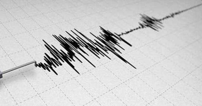 Endonezya'da bir büyük deprem daha