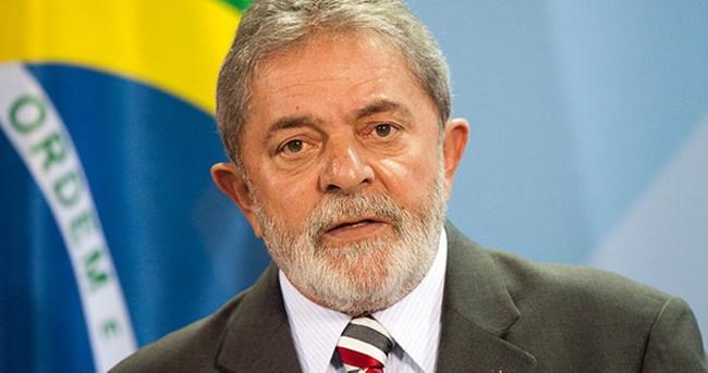 Eski devlet başkanı Lula da Silva'nın evi aranıyor