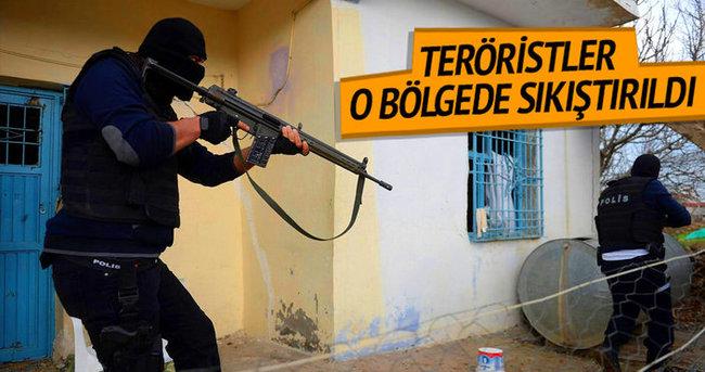 Çatışmalar şiddetlendi! Teröristler sıkıştırıldı