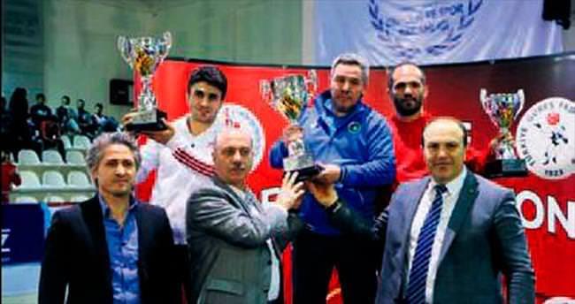 Büyükşehir minderde Türkİye şampİyonu