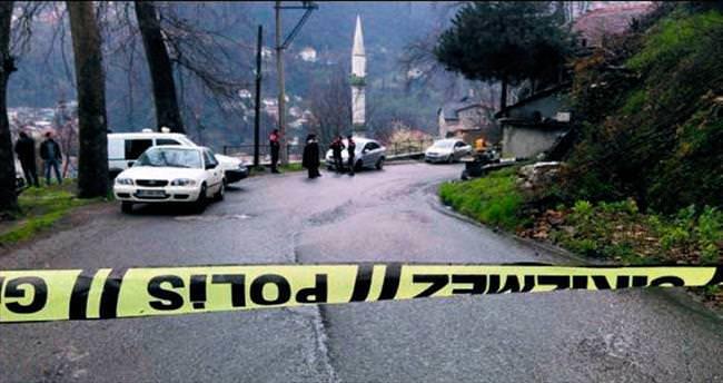 Evde 3 ceset bulundu
