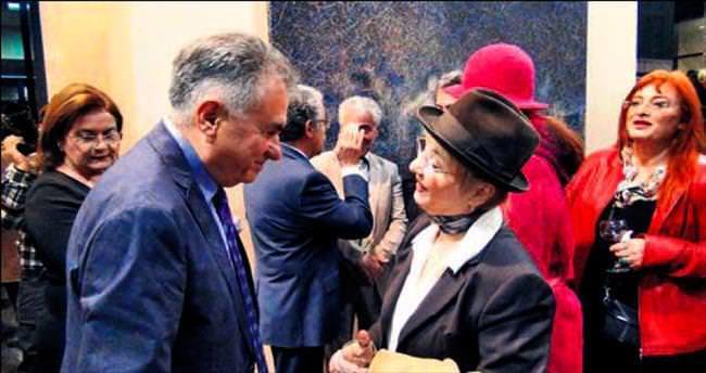Ankara'da sanatçıları buluşturan sergi
