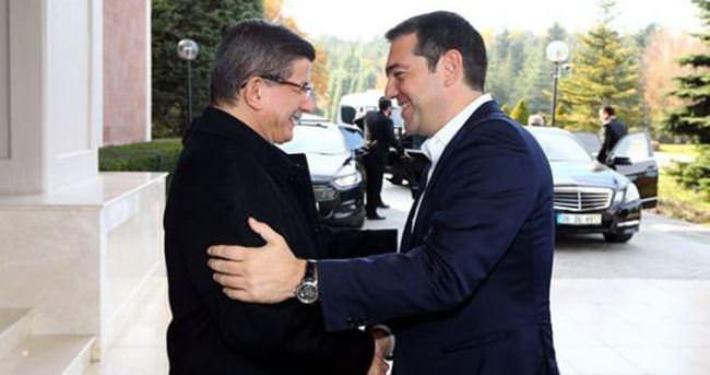 Yunanistan Başbakanı Çipras İzmir'e geldi