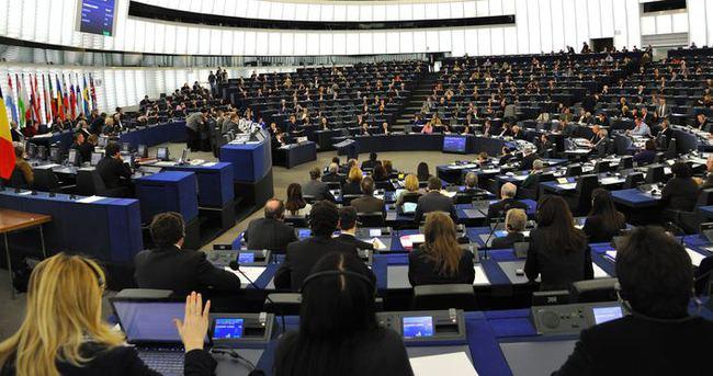 Avrupa Parlamentosu Milletvekilleri Putin'e yaptırım uygulanmasını teklif etti