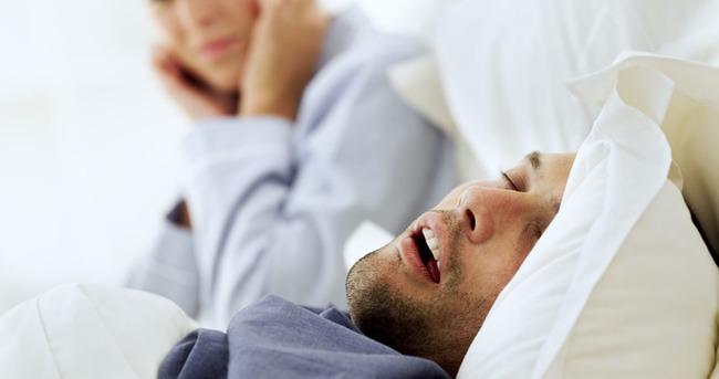 Uyku apnesi nedir? Belirtileri nelerdir?