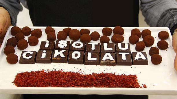 'İsotlu çikolata' imal etti