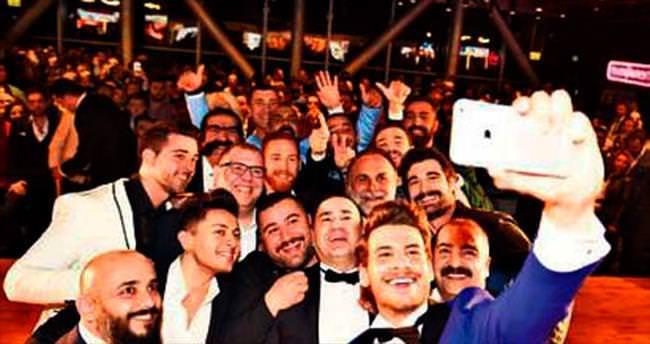 'Cannes'da afişleri asılan biriyle oynadım ben'