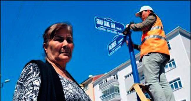 Sinan Şamil Sam'ın adı sokağına verildi
