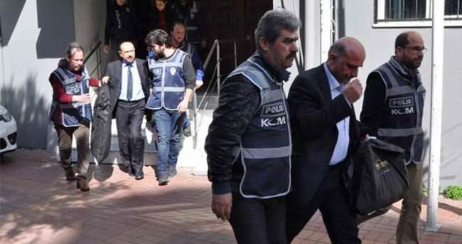 İzmir'deki FETÖ zanlıları adliyeye sevkedildi