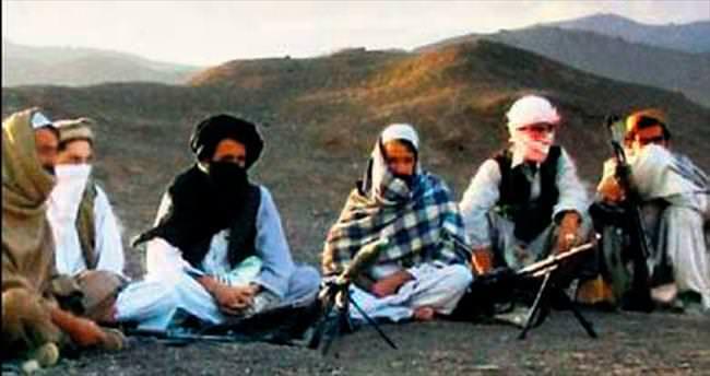 İki Taliban grubu çatıştı: 200 ölü