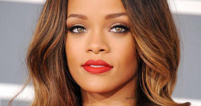 Rihanna'dan hayranına büyük şok!