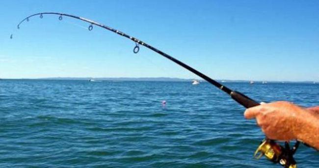 Kartal sahilinde balıkçının oltasına ceset takıldı