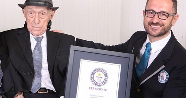 Dünyanın en yaşlı erkeği resmen o!