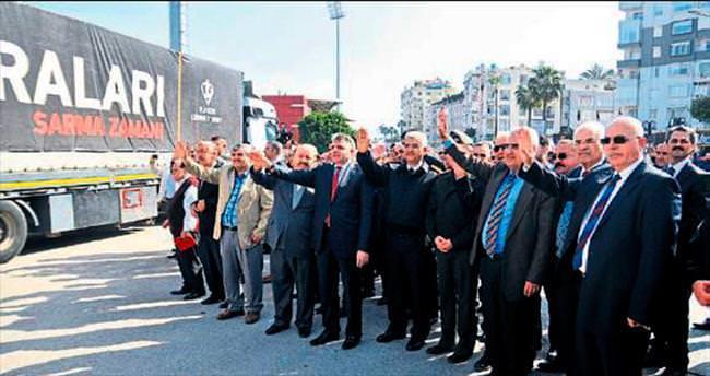 Mersin'den 50 TIR yardım yola çıktı