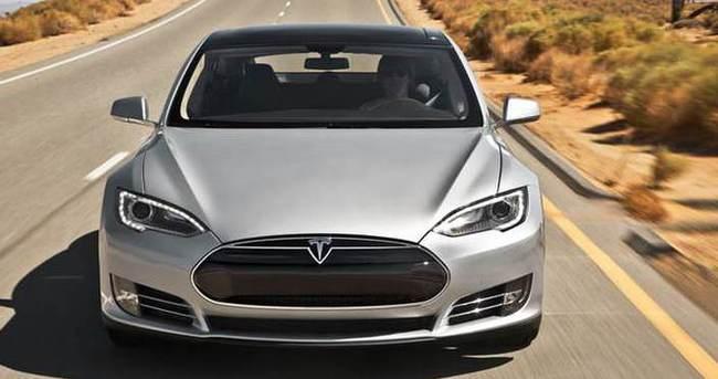 Tesla'nın gözü yarış pistlerinde