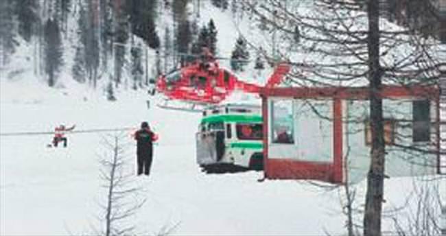 Alpler'de çığ felaketi: 6 dağcı öldü