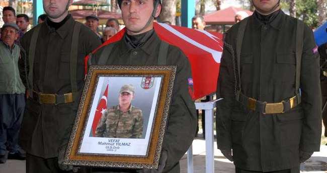 Beyin kanaması sonucu yaşamını yitiren asker toprağa verildi