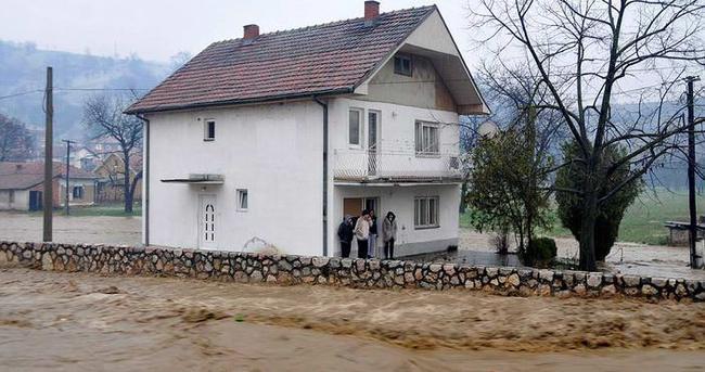 TİKA'dan sel mağduru Novi Pazar halkına destek