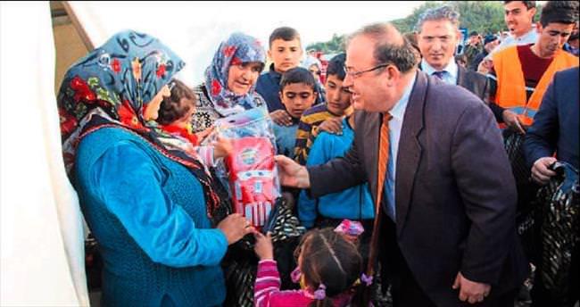 Türkmenler emin ellerde ağırlanıyor