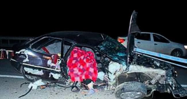 Yola çıkan traktör kazaya neden oldu