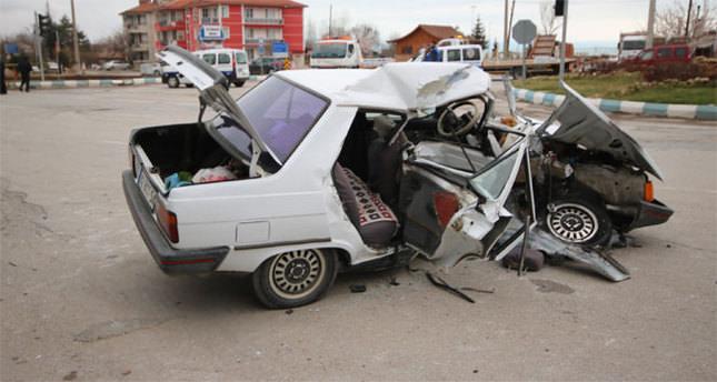 O ilde zincirleme kaza: 1 ölü, 3 yaralı