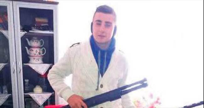 Tartıştığı kız arkadaşını pompalı tüfekle öldürdü