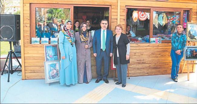 Yüreğir Belediyesi'nden el sanatları satış büfesi