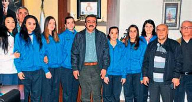 Çukurova belediye 2. lig yolunda yürüyor